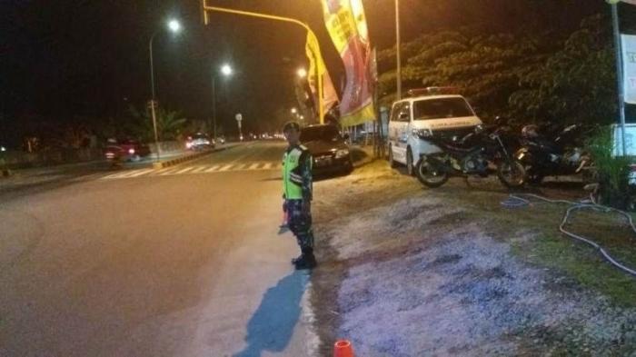 Personel TNI-Polri-Instansi Terkait Saat Bertugas di salah satu Pos Pam (Pendim 0815 Mjk)