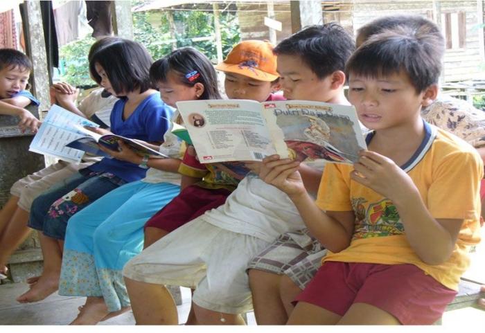 Membudayakan membaca jadi gaya hidup sejak dini | Pedulimembaca.com