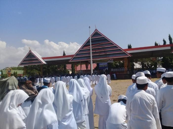 Santri PP. Nurul Falah pada kegiatan Hari Santri Nasional. (Dokpri)