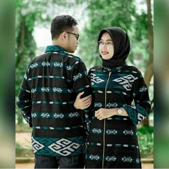 Model Gamis Kain Tenun Troso Gambar Hijab