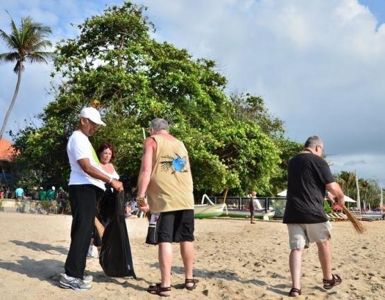 Beach Clean up, dok SVF