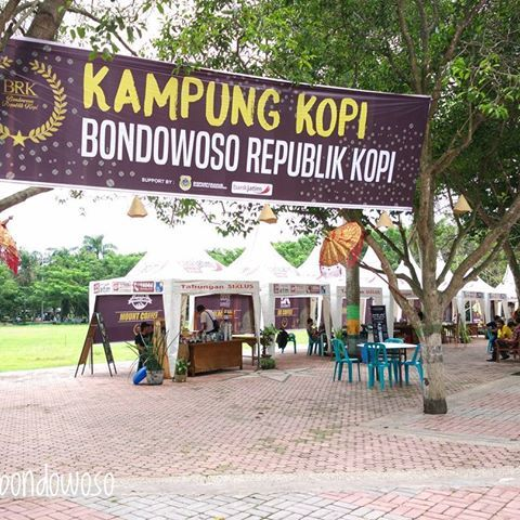 Kampung Kopi Jl. Pelita Bondowoso | mercuryfm.co.id