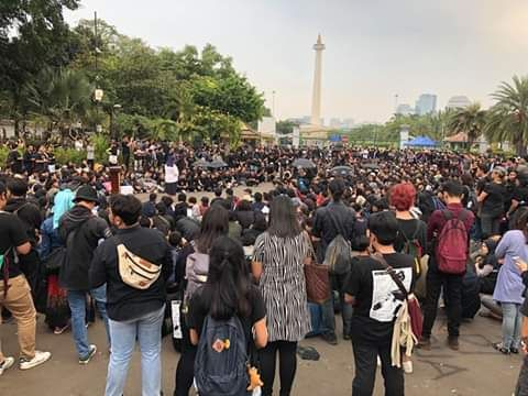 Sumber: dokpri ( aksikamisan 600 di depan istana negara)