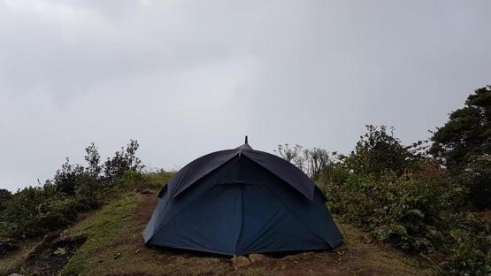 Satu-satunya tenda di puncak Robung saat itu (dokpri)
