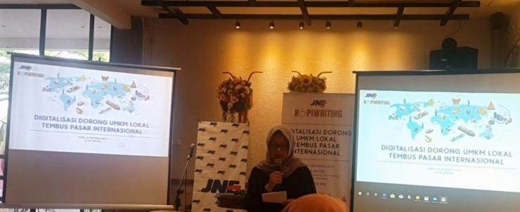 Ibu Murah Lestari Kepala JNE Regional Jawa Barat, Doc. Pribadi