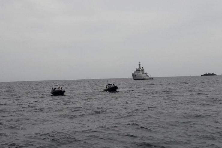 Foto situasi di lokasi penemuan VCR Pesawat Lion Air JT 610 di perairan Karawang (Foto Kompas.com 14 Januari 2019)