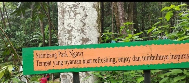 Panorama Air Terjun Srambang Park Ngawi Bikin Betah Seharian Kompasiana Com