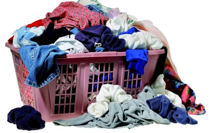 Niflheim - WordPress.com Begini nih Cara Bereskan Tumpukan Baju yang Berserakan di Rumah ...