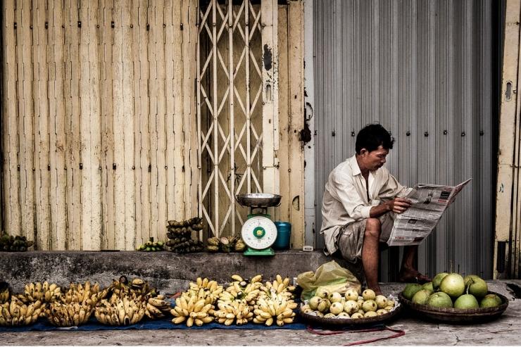 Ilustrasi Pedagang di Trotoar oleh Thach Tran - Foto: pexels.com