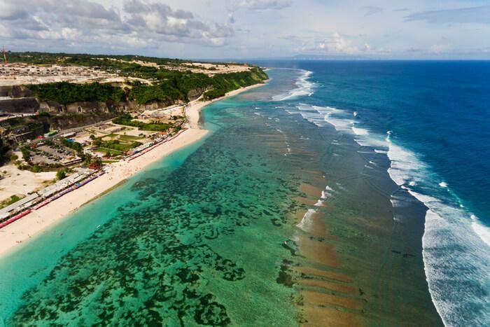 3 colors sea in Pandawa Beach