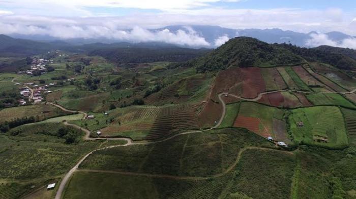 Panorama di wilayah malino (sumber: makassar.tribunnews.com)