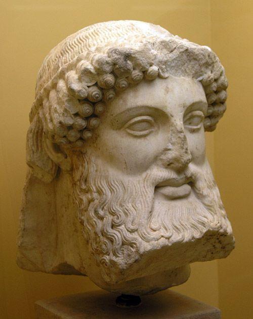 Patung Hermes berjanggut, diperkirakan patung berasal dari awal abad ke-5 SM. (sumber: Head of Hermes from a hermaic stele. marble, 5th century BC. Ancient Agora Museum in Athens | Marysyas)