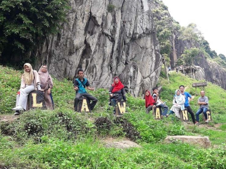 Tebing-tebing di Batulawang menggoda wisatawan.| Dokpri