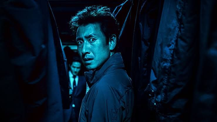 Film ini patut ditonton bagi penyuka genre action dan tak anti tontonan Korea. | Netflix.com