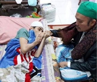 Ustaz Hina Gus Dur Akui Khilaf Kuatir Diburu Banser Halaman All Kompasiana Com