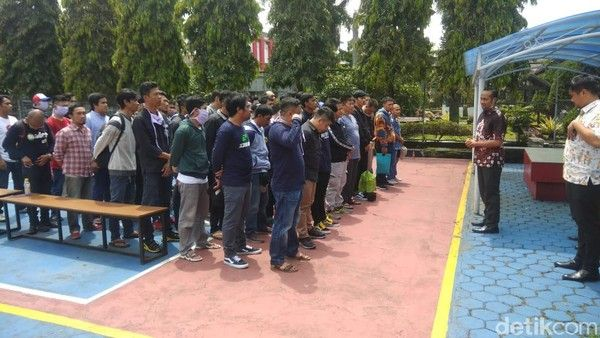 Gambar Napi bebas di Bandung, sumber: detikNews