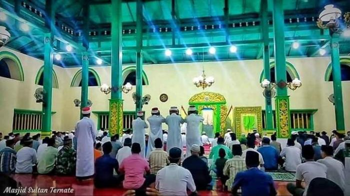Mengunjungi Masjid Empat Muazin Halaman All Kompasiana Com