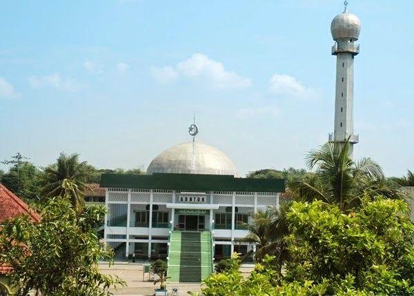 Masjid Jami Gontor Masjid Pencetak Kader Kader Pemimpin Umat
