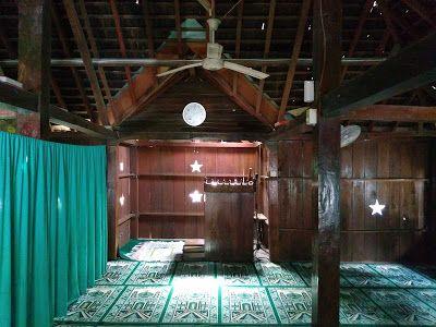 Masjid Darussajidin di bagian dalam (Dokumen Didno)