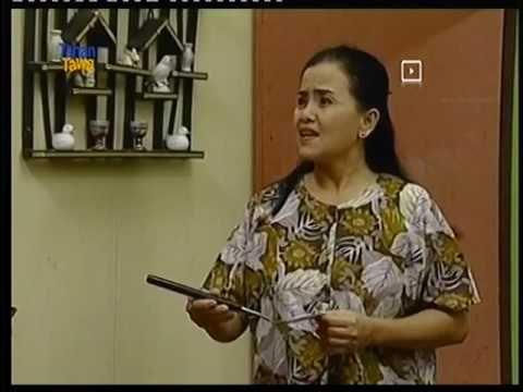 Mpok Minah di Bajaj Bajuri. Sumber screenshot youtube.