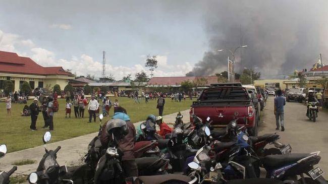 Pengungsi saat rusuh Papua September 2019 | Sumber gambar : www.cnnindonesia.com