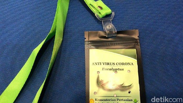 (Foto: Kalung 'antivirus' Corona (Vadhia Lidyana-detikcom)