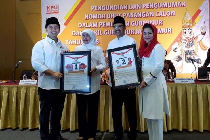 Gus Ipul dan Khofifah mendapatkan nomor urut pasangan calon di Pilkada Jatim.(KOMPAS.com/Achmad Faizal)