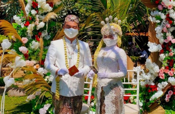 Simulasi Acara Pernikahan yang dilakukan oleh model dari Perhimpunan Penyenggara Pernikahan Cimahi (sumber: J.Haryadi)