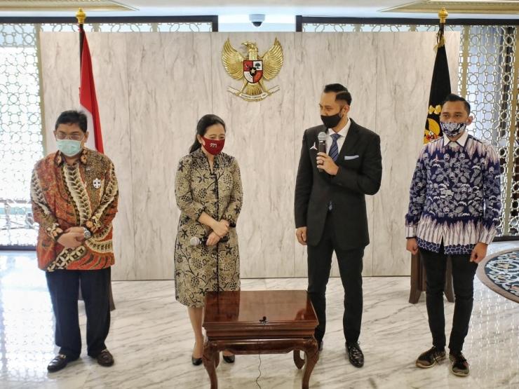 Ketua Umum Partai Demokrat Agus Harimurti Yudhoyono (AHY) bertemu dengan Ketua DPR RI Puan Maharani, Sumber: Twitter AHY