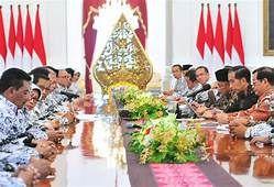 Pengurus PGRI ketika diundang Presiden Jokowi ke Istana Negara (telegraf.co.id)