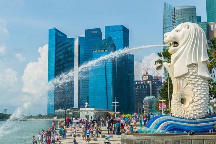 Ilustrasi patung Merlion yang ikonik di Singapura. (Sumber gambar: SHUTTERSTOCK via kompas.com)