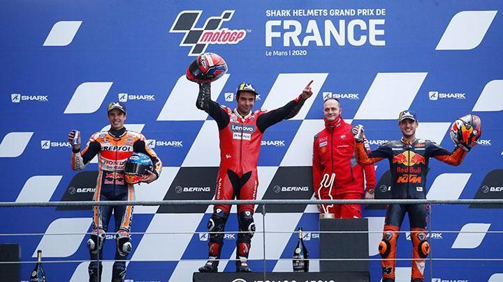 Podium MotoGP Le Mans 2020, sumber : https://statik.tempo.co/data/2020/10/11/id_973083/973083_720.jpg