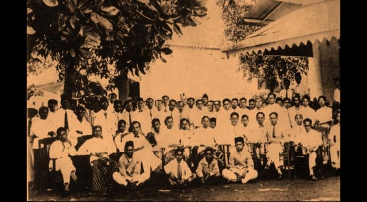 kongres pemoeda II 27-28 oktober 1928 (israindonesia.org)