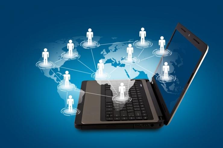 Era Digitalisasi (Sumber: www.jobisjob.co.uk)