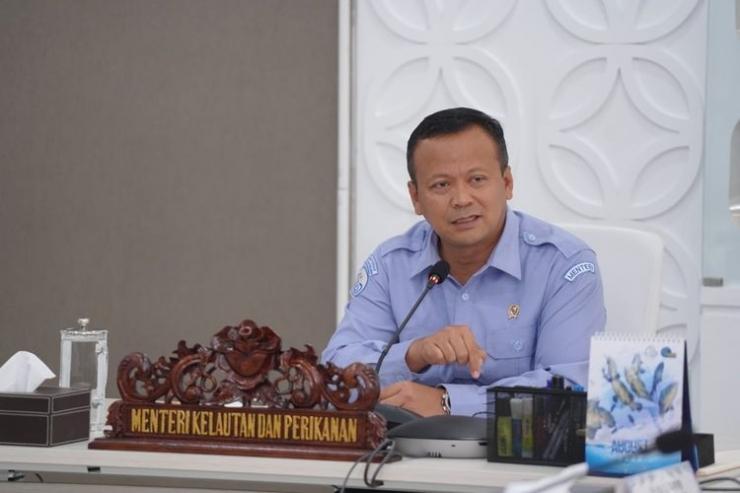 Edhy Prabowo, Menteri Kelautan dan Perikanan tertangkap oleh KPK karena dugaan kasus suap ekspor benih lobster. Sumber foto: Dok. KKP via Kompas.com