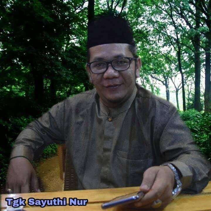 Tgk. Sayuthi Nur Al-Hadi. https://www.facebook.com/sayuthi.n.ramli
