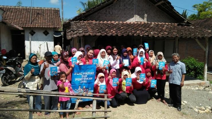 Supervisor Peksos PKH Jawa Timur mendampingi pelaksanaan P2K2 | dokpri