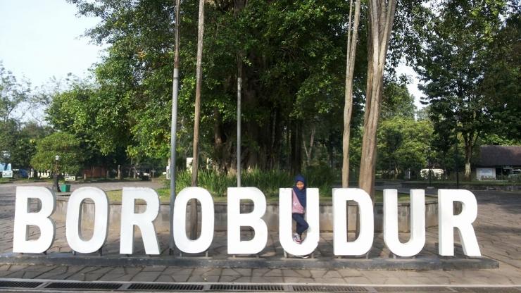 Teteh penasaran dengan kisah Gunadharma, arsitek Borobudur (Dokpri)