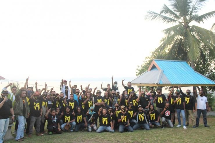Foto bersama Militan Maju
