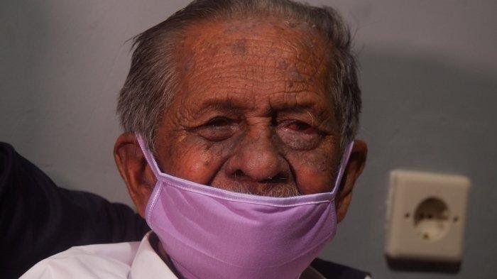 RE Koswara (85), orang tua asal Kota Bandung yang digugat anaknya senilai Rp3 M. | Tribunnews.com