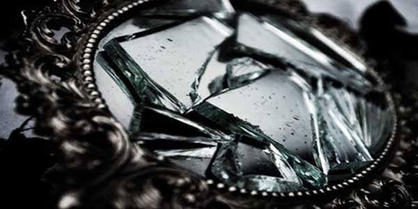 PTA Jayapura Kebenaran itu Seperti Cermin Pecah | Oleh Yusron Trisno Aji, S.Sy ...