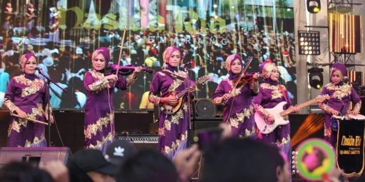 Nasida Ria Saat Tampil di Synchronize Fest 2018. Sumber: Kompas.com