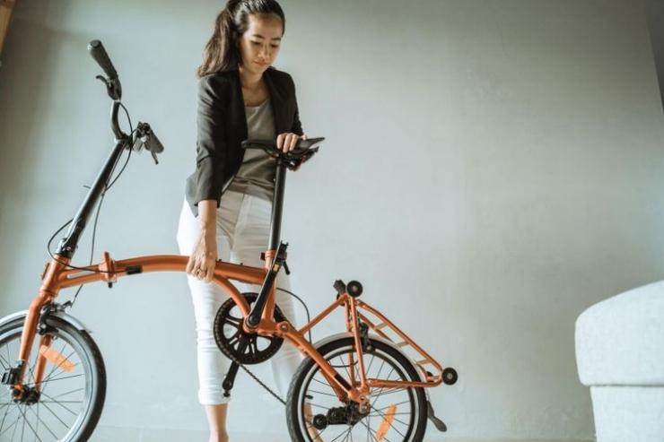 Bersepeda Khususnya Sepeda Lipat Menjadi Tren dan Kegemaran Baru di Masyarakat Pada Masa Pandemi - Sumber: biz.kompas.com