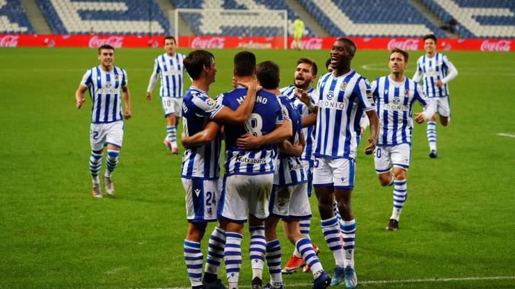 Para pemain Real Sociedad. (via ligalaga.id)