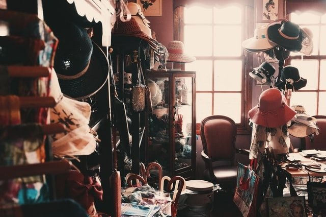 Ilustrasi hording disorder (Sumber: unsplash.com)