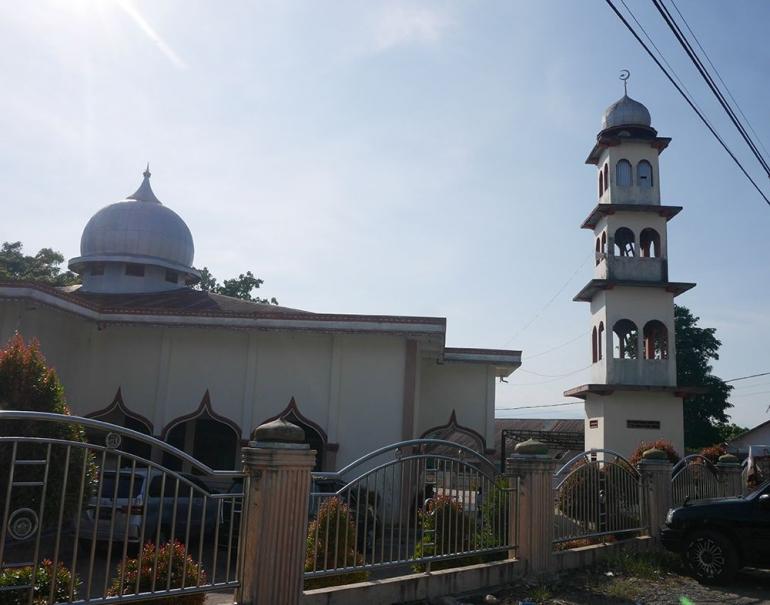 Masjid Al Jihad Lawe Sigalagala, tempat rombongan menginap pertama di Kutacane (foto pribadi)