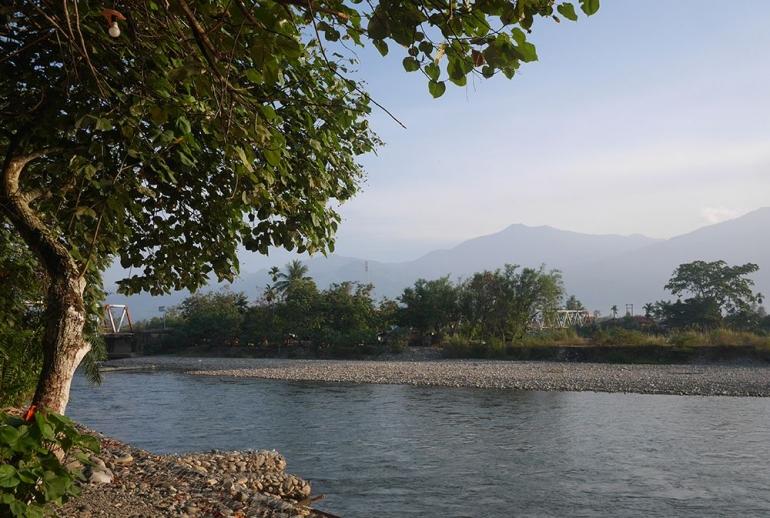 Sisi lain pemandangan Sungai Alas (Foto pribadi)