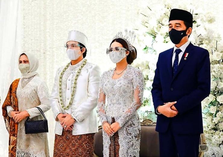 Presiden Jokowi dan Iriana Joko Widodo hadir di pernikahan Atta-Aurel. Foto: Instagram @attahalilintar