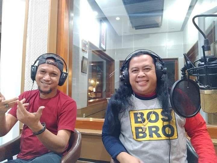 Foto: bersama Heru Bosbro di Bens Radio 106,2 FM Jakarta-dokpri