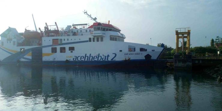 Kapal Ferry KMP Aceh Hebat 2 di Pelabuhan Ulee Lheue Banda Aceh (Doc Rachmad Yuliadi Nasir / Istimewa)